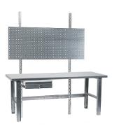 Työpiste 1500x800 terästaso, sinkityt jalat, pöytälaatikko, reikälevy